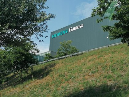 """El Gobierno de Navarra traslada su """"profundo malestar"""" con la decisión de Gamesa de cerrar la planta de Aoiz"""