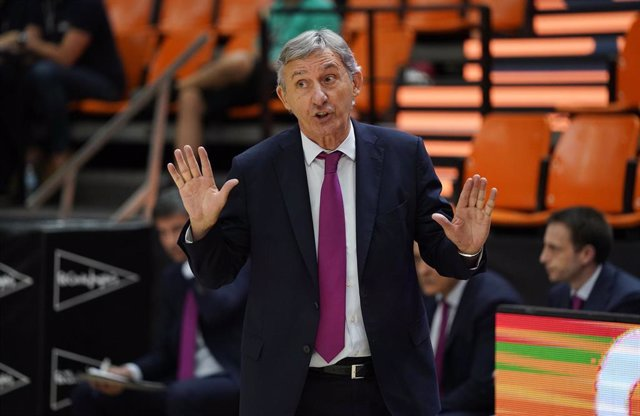 El entrenador del Barça, Svetislav Pesic, en la final de la Liga Endesa 2020