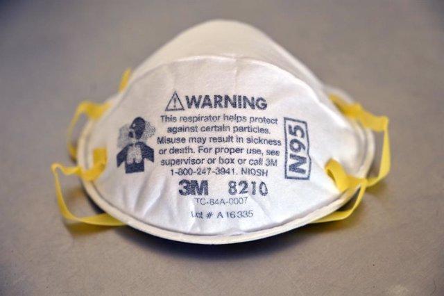 Coronavirus.- Investigadores defienden que todos los sanitarios deberían usar ma