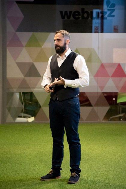 COMUNICADO: Un profesor de marketing ofrece ayuda gratis a pymes por LinkedIn y recibe más de 70 mensajes