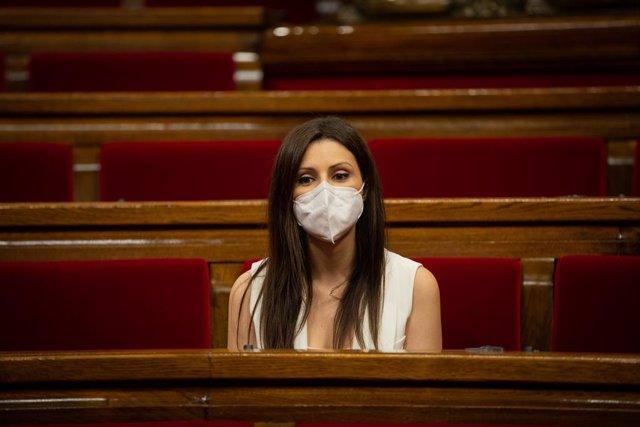 La portaveu de Ciutadans, Lorena Roldán, en una sessió plenària al Parlament.