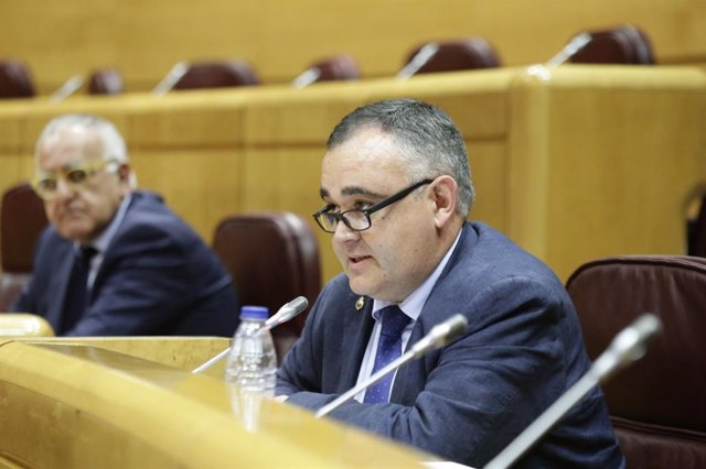 El senador del PRC José Miguel Fernández Viadero