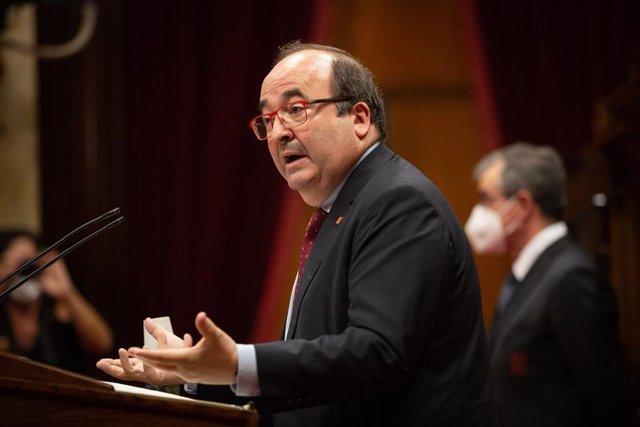 El primer secretari del PSC, Miquel Iceta, en el ple del Parlament sobre la gestió del coronavirus.