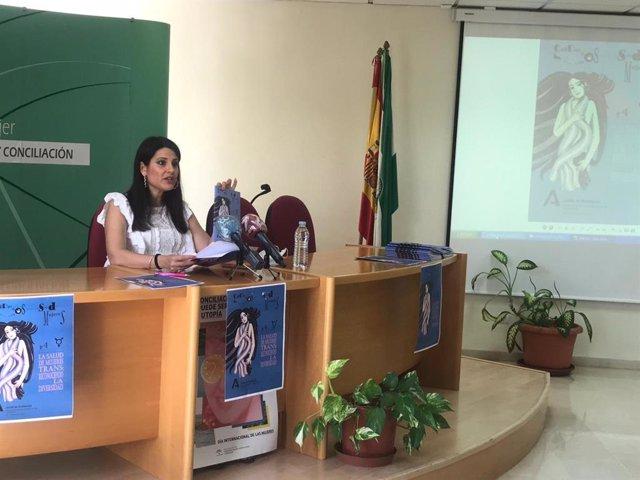 La asesora de programa del Centro Provincial de la Mujer en Málaga, María Encarnación Santiago.