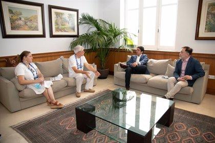 El Cabildo de Tenerife se compromete a luchar contra el fraude en los servicios de guía turístico