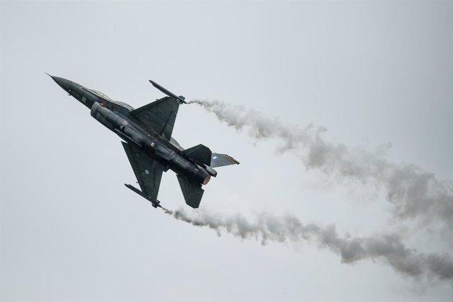 EEUU.- Muere el piloto de un caza tras estrellarse durante un ejercicio de entre