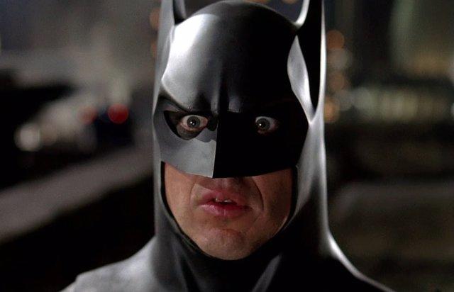 El Batman de Michael Keaton podría estar hasta en 10 películas de DC