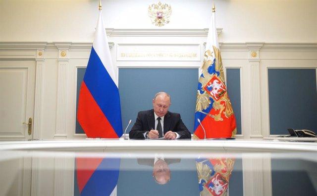 Putin participa en una videconferencia sobre la gestión de la pandemia del coronavirus
