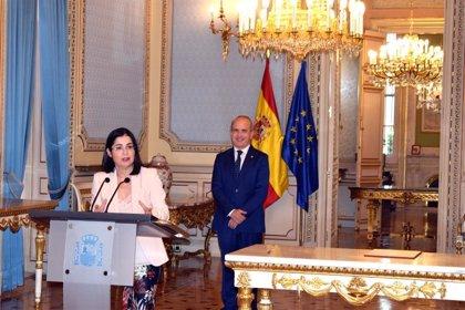 El Gobierno firma un protocolo para que los opositores puedan examinarse en centros de la UNED de toda España