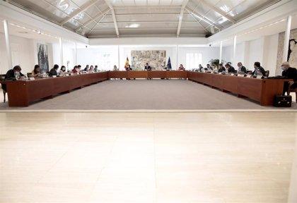 El Gobierno convoca Consejo de Ministros este viernes para aprobar el Plan Renove y otras medidas económicas