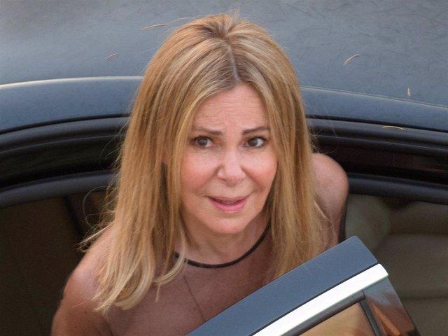 Ana Obregón en el funeral de su hijo, Aless Lequio
