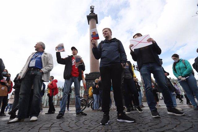 Rusia.- La UE insta a investigar irregularidades en el referéndum de Rusia y def