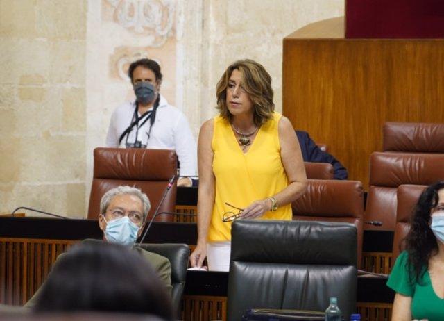 La secretaria general del PSOE-A y presidenta del grupo parlamentario, Susana Díaz, durante la sesión de control en el Parlamento