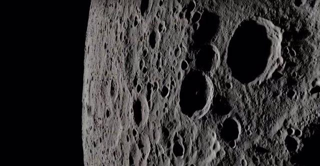 Vista 4K de la Luna por la ruta del Apolo 13
