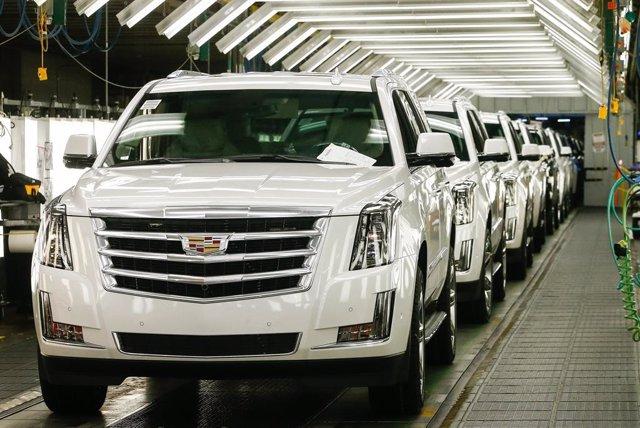 Producción del Cadillac Escalade en la planta de General Motors en Arlington (Estados Unidos)