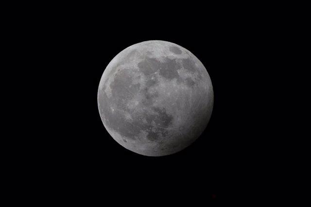 La Luna en fase llena antes del eclipse penumbral del pasado 10 de enero de este año
