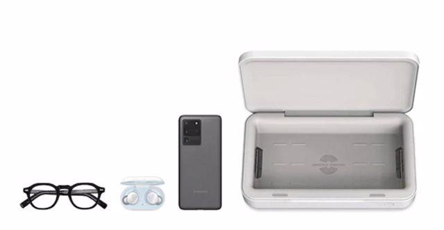 Samsung lanza un cargador inalámbrico para móviles con esterilización por luz UV