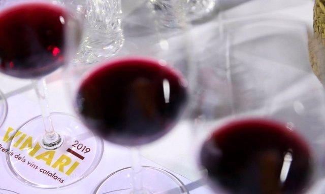 Agro.- La CCMA y los Premis Vinari se alían en la promoción del vino catalán