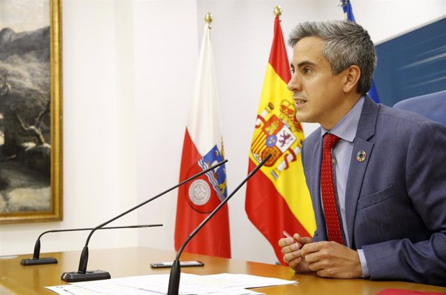 El vicepresidente, Pablo Zuloaga, en rueda de prensa del Consejeo de Gobierno