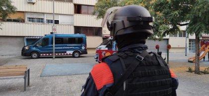 """El grupo criminal desarticulado """"atemorizaba"""" a los vecinos de La Mina de Barcelona"""