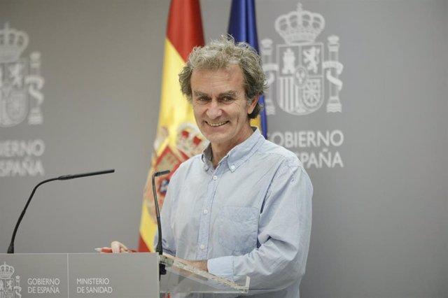 El director del Centro de Coordinación de Alertas y Emergencias Sanitarias (CCAES), Fernando Simón, ofrece la segunda rueda de prensa de la segunda semana tras el estado de alarma para informar de la evolución de la COVID-19, en Madrid (España), a 2 de ju