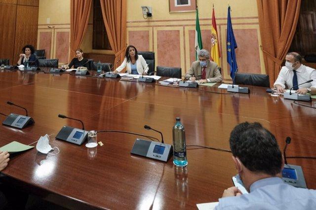 Reunión de la Mesa del Parlamento andaluz.