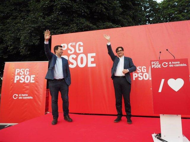 El candidato del PSdeG a la Presidencia de la Xunta, Gonzalo Caballero, y el ministro de Sanidad, Salvador Illa