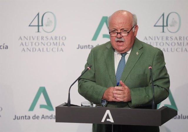 El consejero de Salud y Familias, Jesús Aguirre durante la rueda de prensa posterior al Consejo de Gobierno de la Junta de Andalucía. En Sevilla (Andalucía, España), a 30 de junio de 2020.