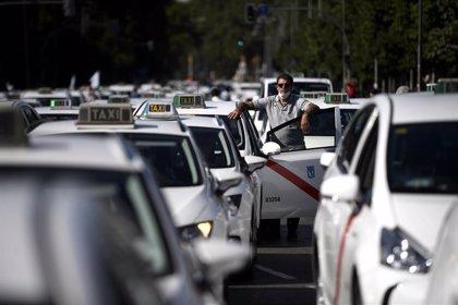 La Conselleria de Movilidad anuncia un plan para renovar los vehículos de taxi que favorecerá los modelos ecológicos