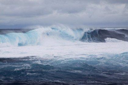 Todas las islas de Canarias menos Fuerteventura están este viernes en aviso amarillo por viento y fuerte oleaje