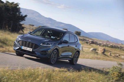 Ford lanzará a finales de año la versión híbrida del 'español' Kuga, que ya tiene una opción enchufable