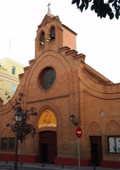 """Detenido un hombre por interrumpir una misa en Vallecas al grito de """"asesinos y violadores"""""""