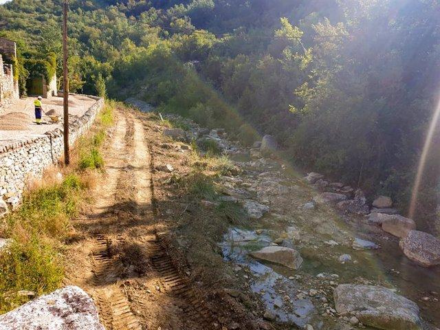 Confederación Hidrográfica Del Ebro Acondic Ionamiento De Los Barrancos Cercanos A Montañana (Huesca)