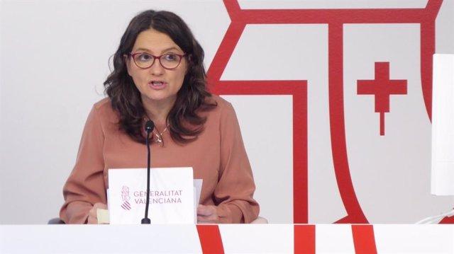 La portavoz del Consell, Mónica Oltra, en una rueda de prensa