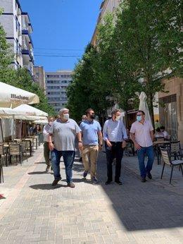 Visita del alcalde y concejales a las obras de 'los obispos' en Cáceres
