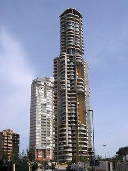 Uno de los rascacielos que el grupo Ecisa ha construido en Benidorm