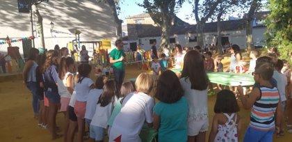 Fundación Descubre lleva 'Ciencia al fresquito' a cuatro municipios andaluces, destinada a menores de 50.000 habitantes