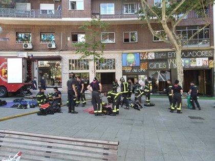Los Cines Embajadores aplazan su inauguración tras un incendio eléctrico en el bloque del local