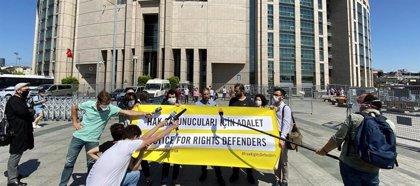Condenados a prisión en Turquía cuatro activistas de DDHH por cargos de terrorismo