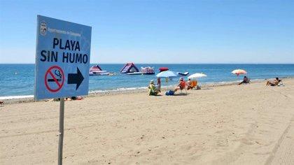 Estepona (Málaga) mantiene a La Rada como playa libre de humos por segundo año consecutivo