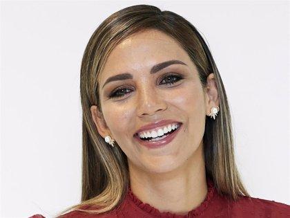 Rosanna Zanetti muestra orgullosa su tripita de embarazada
