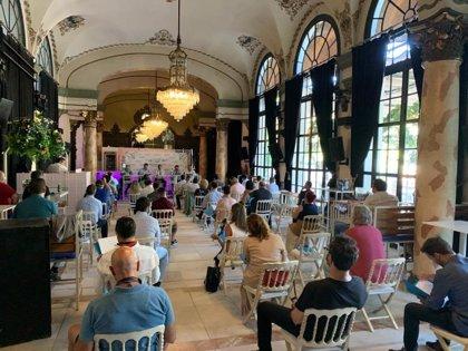 La AHS reúne a empresarios de catering para fijar recomendaciones para bodas y animarles a que sigan celebrándolas