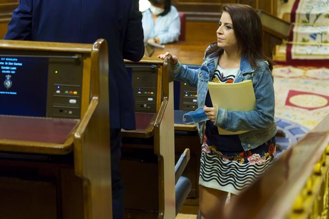 La portavoz parlamentaria del PSOE, Adriana Lastra, en el Congreso