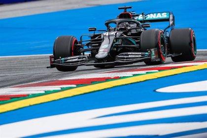 Red Bull presenta una protesta formal contra Mercedes por el DAS