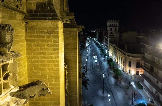 Vistas de la capital andaluza desde las cubiertas de la  Catedral de Sevilla que se prepara para visitas nocturnas guiadas. Sevilla  a 30 de junio del 2020