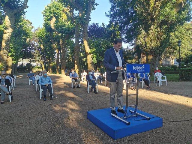 Mariano Rajoy en un mitin en Padrón