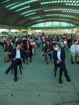 El candidato del PSdeG a la Presidencia de la Xunta, Gonzalo Caballero, y el expresidente del Gobierno José Luis Rodríguez Zapatero en Arteixo (A Coruña)