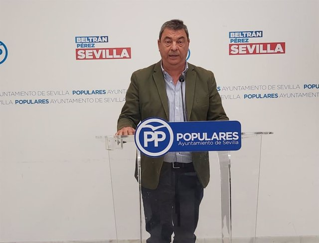 El concejal del Grupo Popular en el Ayuntamiento de Sevilla Ignacio Flores en una imagen de archivo.