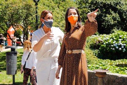 """Arrimadas exige a Iglesias que """"deje de atacar a los jueces y dé la cara"""" y defiende el  """"voto útil"""" a Cs en la pandemia"""