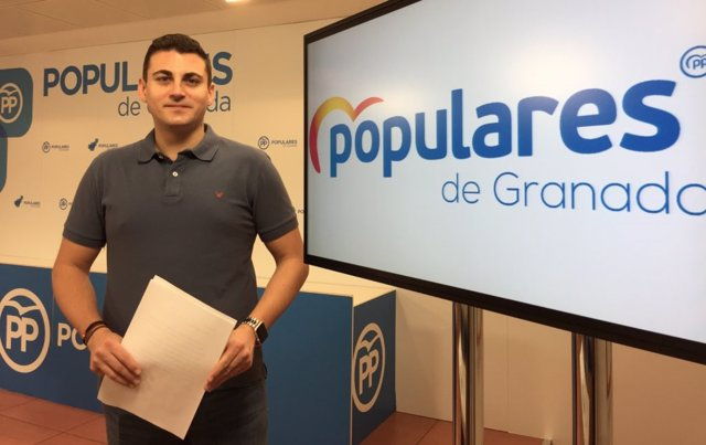 El parlamentario autonómico del PP por Granada Rafael Caracuel